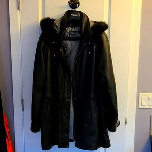 NEW MADE IN CANADA XL leather coat
